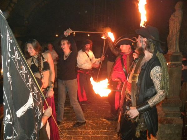 Večer plný pirátů v dětenické středověké krčmě
