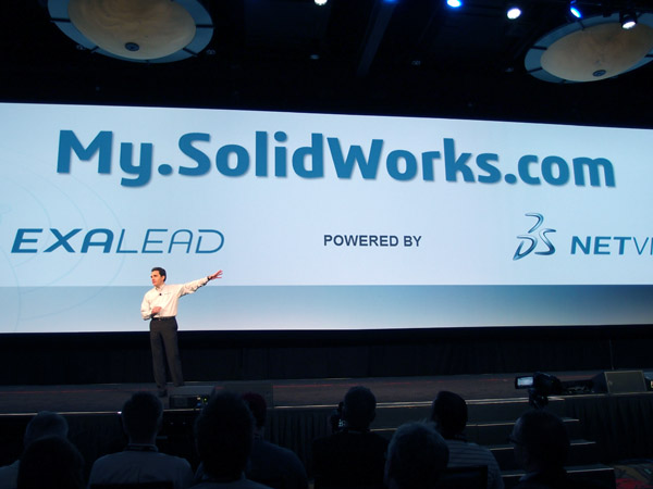 Toto je My.SolidWorks, říká Bertrand Sicot, ale myslí tím službu, která je především pro vás. Foto: Jan Homola