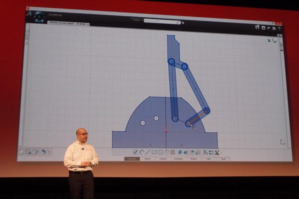 Fielder Hiss na konferenci SolidWorks World 2013 představuje novinku SolidWorks Mechanical Conceptual. Foto: Jan Homola