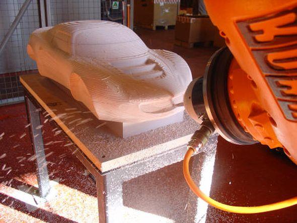 Ukázka obrábění dílu robotem značky Kuka. Zdroj: Delcam