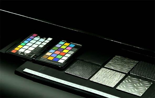 Linear Light Scanner pomůže digitalizovat materiály s prostorovou strukturou odlesku. Foto: RTT