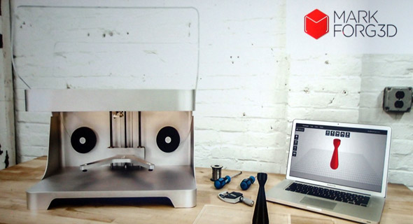 Živě ze San Diega: První 3D tiskárna, která vytváří kompozitové díly z karbonu a velmi levně