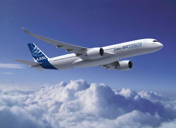 Letoun A350-900 bude prvním Airbusem, jehož trup a křídla tvoří polymer vyztužený uhlíkovým vláknem. Foto: Airbus
