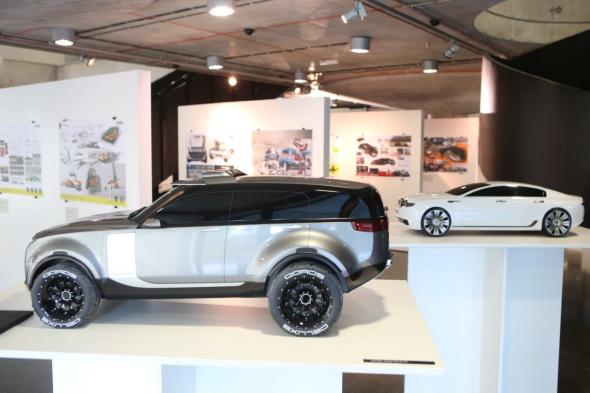 Konference letos poprvé doprovázela výstava nejlepších absolventských prací. Foto: auto-design-prague.com