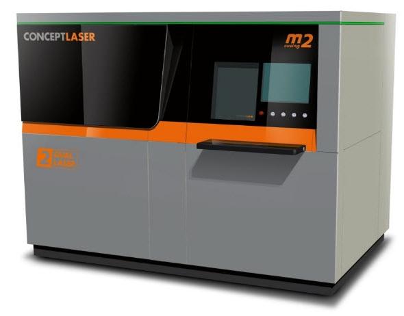 Modernizovaný stroj M2 cusing získal ergonomický vzhled, novou konstrukci filtru a druhou laserovou hlavu. Foto: Concept Laser