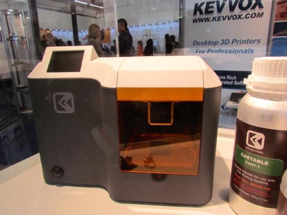 Tiskárna K3D Mini je vyvinuta pro tisk klenotů. Foto: fabbaloo.com