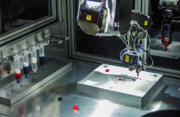 Na doprovodné výstavě byla k vidění také 3D tiskárna BioAssemblyBot, schopná z organických sloučenin tisknout biologické tkáně.