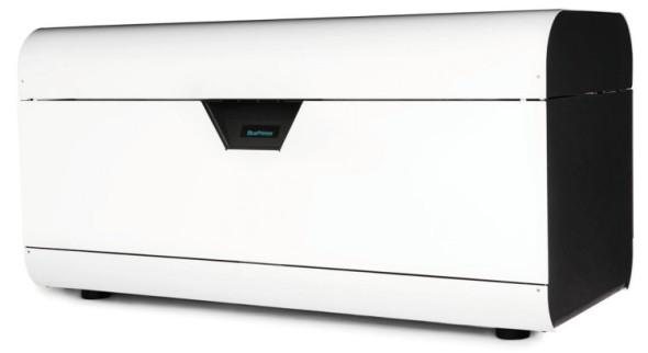 Blueprinter je relativně kompaktní 3D tiskárna, kterou je možno používat i v rámci konstrukční kanceláře (vlevo).