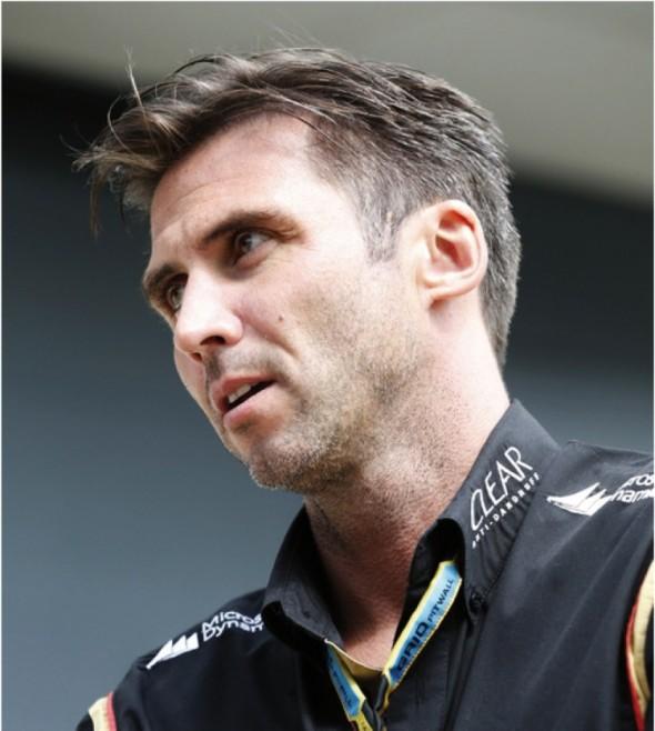 Matthew Carter se ve vedení týmu Lotus F1 nebojí převratných změn. Pro příští sezónu tak díky jeho přičinění přejde tato značka formulí z dosud používaných motorů od Renaultu na Mercedes-Benz.