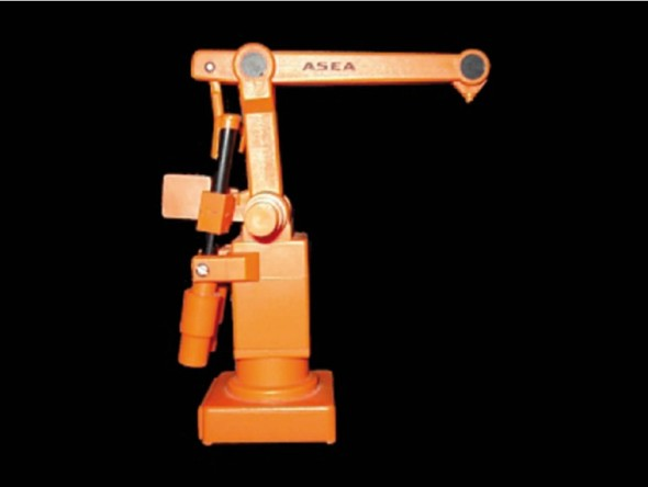 Roboty ABB si zachovávají velmi podobný vzhled od samých počátků, kdy byl v roce 1974 představen model IRB 6.