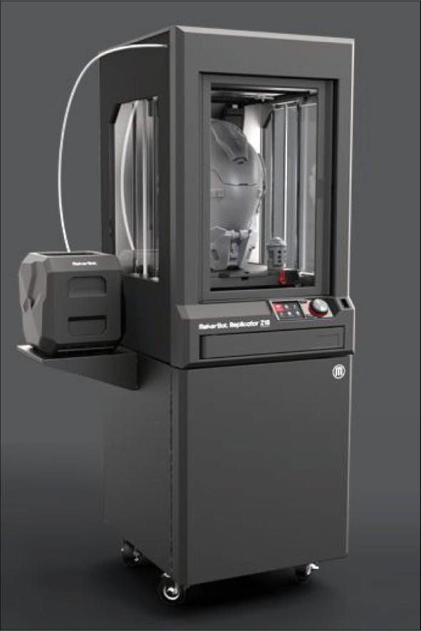 Od března letošního roku je možné poptat velký MakerBot Replicator Z18, který najde využití i v náročných provozech průmyslových firem požadujících velké modely.