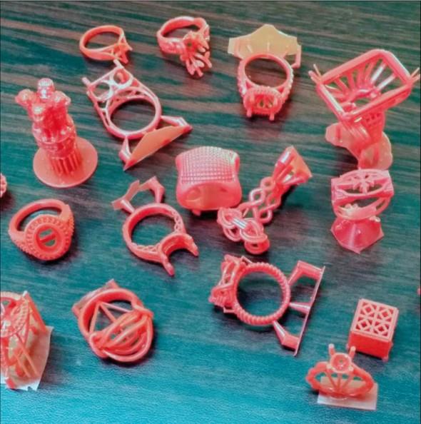 Stereolitografie se hodí pro tvorbu výrobků s drobnými detaily.