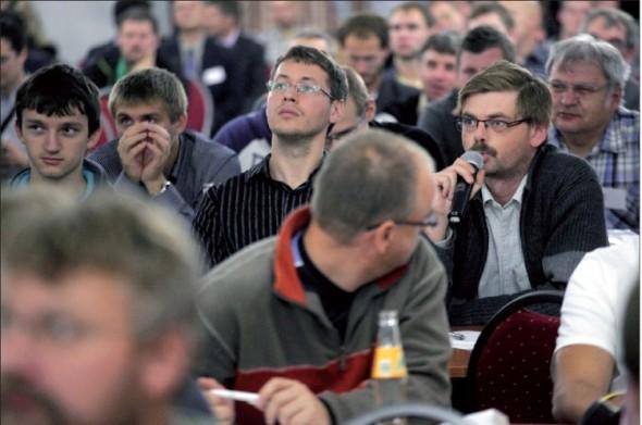 Příjemnou stránkou konferencí CADfórum je důraz na koncového uživatele a otevřenou diskusi s každým, kdo má co říci k tématu.