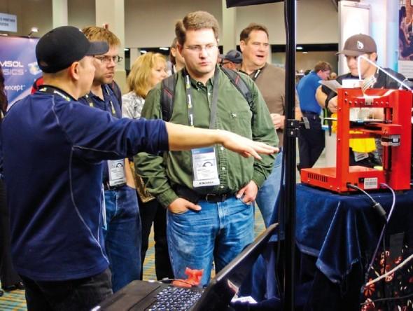 """Takzvaně levné 3D tiskárny jsou na technologických konferencích vždy středem pozornosti. Pojem """"levné"""" je však relativní, zvláště v Česku, kde je tato technika o desítky procent dražší, než v USA."""