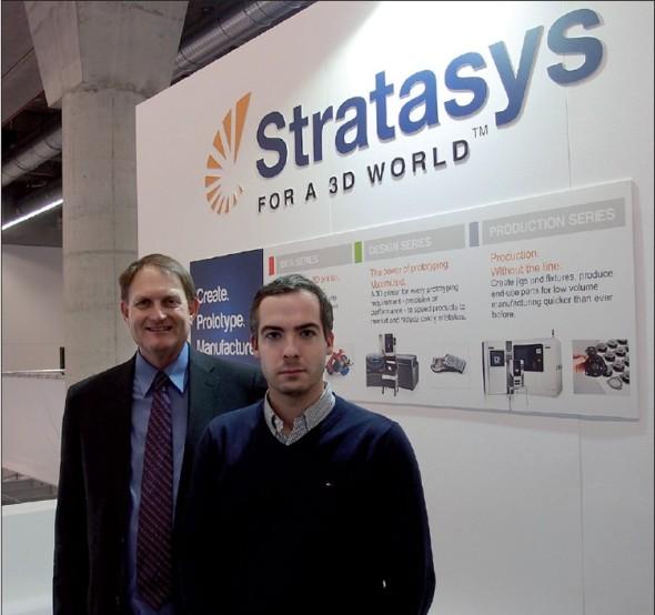 S. Scott Crump (vlevo), zakladatel společnosti Stratasys a Jan Homola, šéfredaktor časopisu Konstruktér, na veletrhu EuroMold 2013.