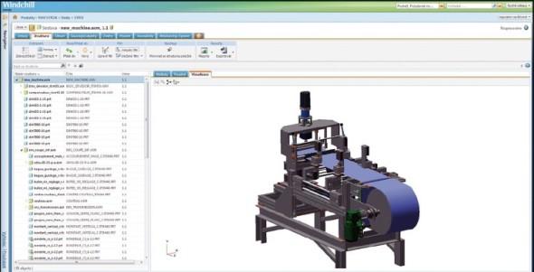 Pohled na celkovou sestavu stroje v prostředí PTC Windchill PDM Essentials. Vlevo je k dispozici celá struktura stroje včetně označených verzí použitých dílů a sestav, vpravo vizualizace stroje.