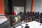 Virtuální laboratoř rozšíří studentům představivost o probírané látce. Foto: Jiří Pánek