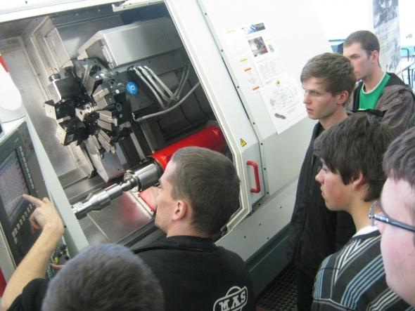 Pozvánka na seminář: Kovosvit představí CNC stroje s nástroji Sandvik Coromant