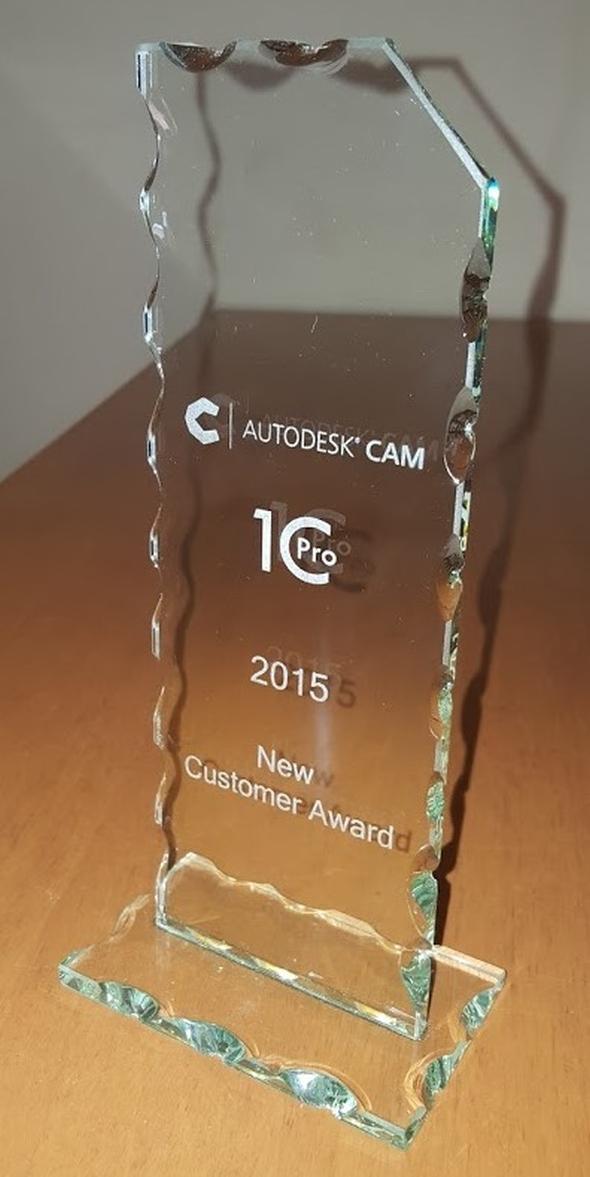 Cenu za největší počet prodaných licencí produktů HSMWorks a Autodesk Inventor HSM si z Berlína přivezla společnost 1C Pro. Foto: 1C Pro