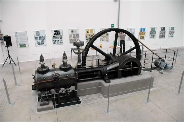 Parní stroj je symbolem první průmyslové revoluce. Foto: RestauratorskaDilna.cz