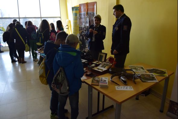Fakulta bezpečnostního inženýrství ukázala, jak vypadají padělky a jaké cennosti či zvířata se nejčastěji pašují do České republiky