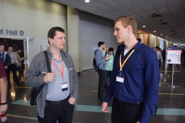 Nad novými funkcemi v SolidWorksu 2017 diskutovali technický manažer Miloš Hrazdíra (SolidWorks) a Josef Kašík (technická podpora společnosti SolidVision)