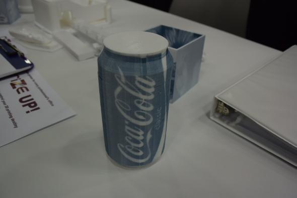 Průmyslový vícebarevný 3D tisk prezentovala společnost Rize