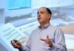 Generální ředitel Autodesku Carl Bass prohlásil, že chce investovat do nového obchodního modelu. Foto: Alchetron.com