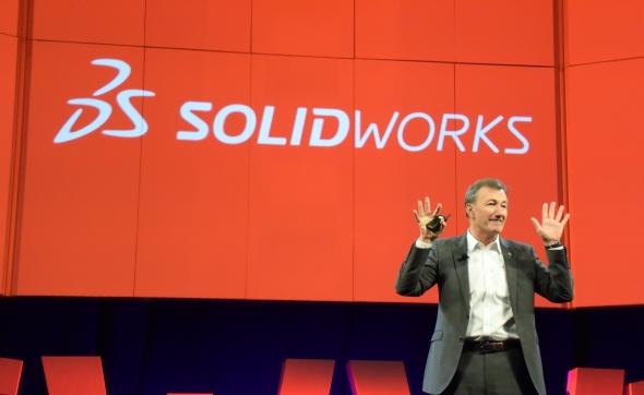 Generální ředitel společnosti Dassault Systèmes Bernard Charles inspiroval uživatele SolidWorksu projekty řešenými na platformě 3D Experience