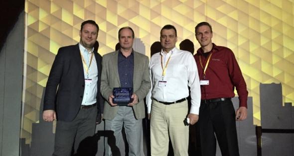 Tým společnosti SolidVision na slavnostním vyhlášení nejlepších prodejců SolidWorksu. Zleva: Lukáš Mikulka, Hynek Horák, Rostislav Hanák a Josef Kašík. Foto: SolidVision