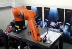 Šestiosý robot Kuka KR 6 R900. Foto: Kuka