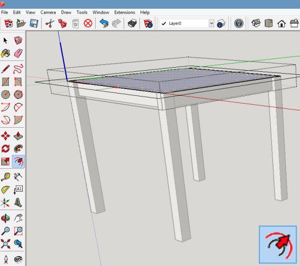 Komponentu deska stolu editujte a pomocí funkce Odsadit (Offset) vytvořte potřebný přesah stolu nad půdorysem sestavy noh stolu