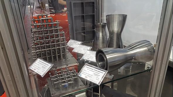 Na Mezinárodním strojírenském veletrhu 2016 vBrně byly poprvé veřejnosti představeny některé ze zkušebních a testovacích dílců. Foto: Marek Pagáč