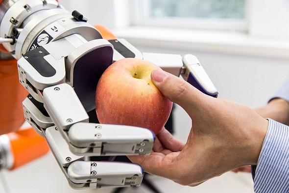 Siemens vyvíjí datovou rukavici pro snímání pohybů