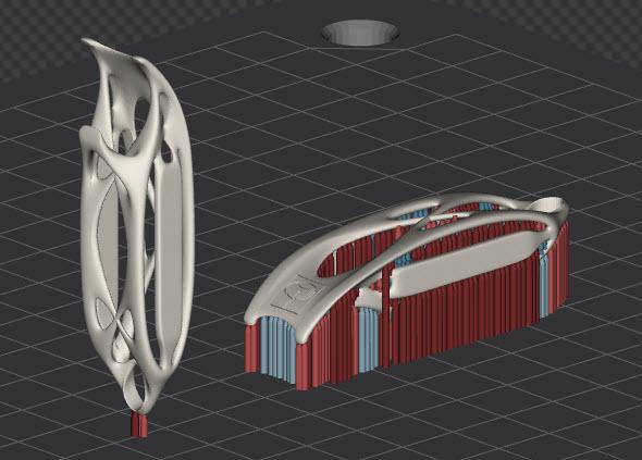 Vhodně umístěný model s bionickou konstrukcí na substrátu (vlevo) eliminuje počet podpor. Obrázek je pořízený z řešení QuantAM, který vyvíjí společnost Renishaw pro programování 3D tisku kovů na vlastních strojích Renishaw AM. Foto: 3d-tisk-kovu.cz