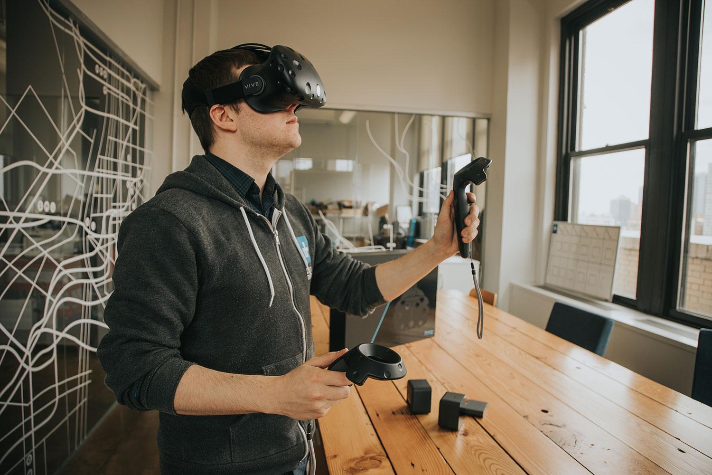 Při navrhování v 3D Experience využijete brýle HTC Vive