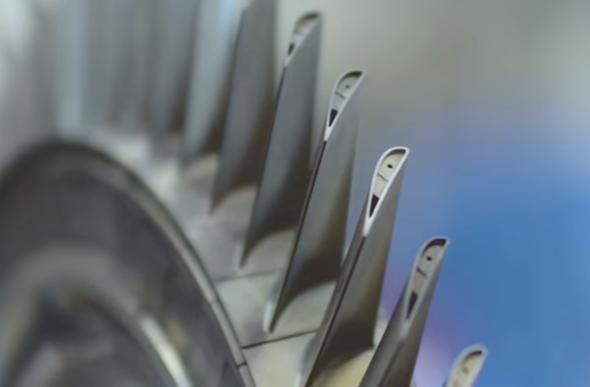 Siemens vyrábí 3D tiskem lopatky do plynových turbín (video)