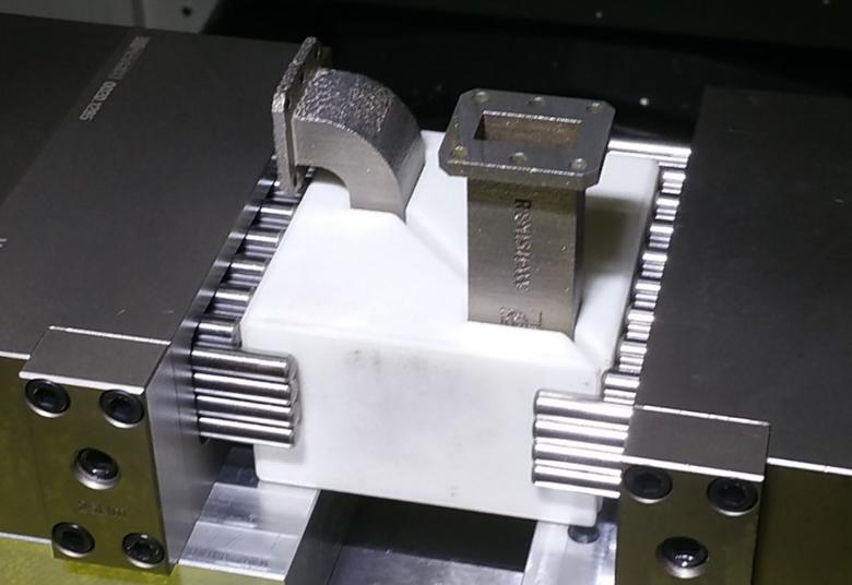 9afc5b23f 3D tisk kovů: Jak efektivně dokončovat vytištěné komponenty