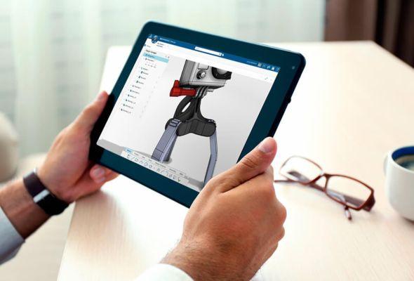Živě z Los Angeles: Bassi uvedl SolidWorks xDesign, běží on-line